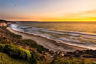 Puesta de Sol sobre la Playa de Aguas Blancas, Maitencillo
