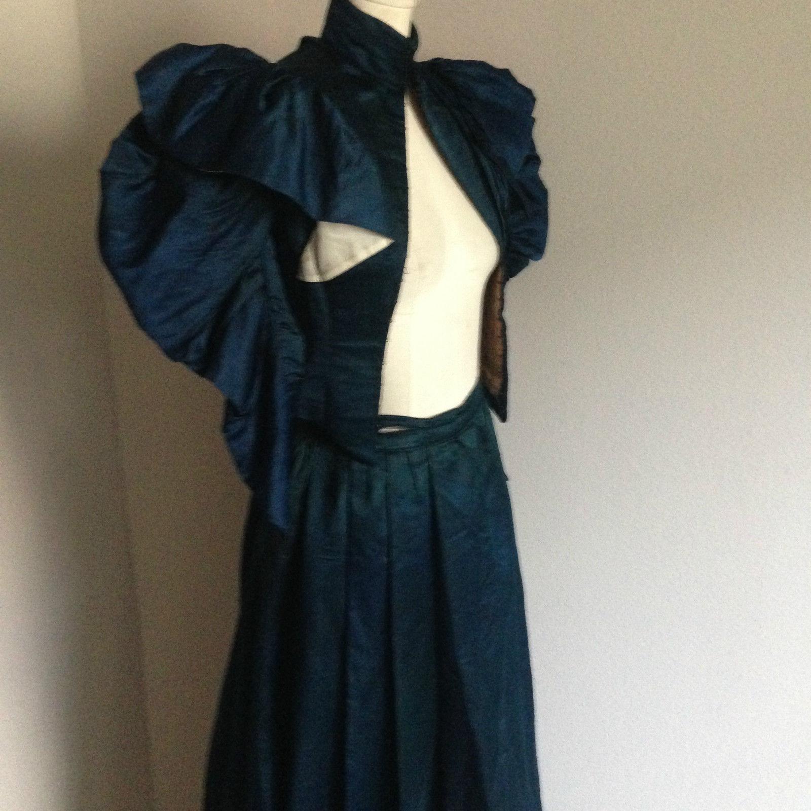 All The Pretty Dresses: Beautiful Blue Silk 1890's Dress