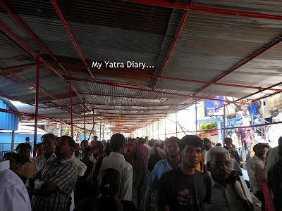Pilgrim rush at Tirupati Balaji Temple, Andhra Pradesh