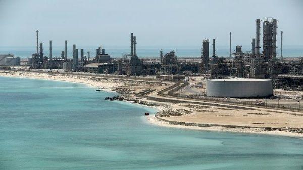 Mercado petrolero mundial registra alza en sus precios