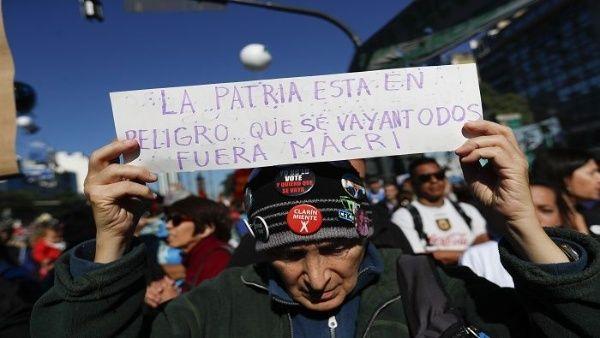FMI arremete contra política de jubilación en Argentina