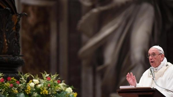 Papa Francisco pide recordar a los pobres e inmigrantes