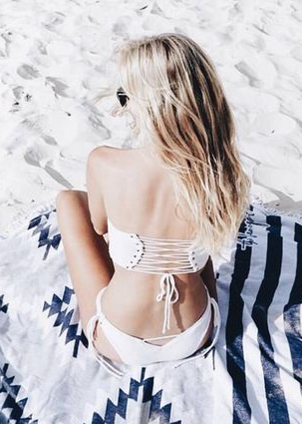 Outfits Club: Seaside Stripes - The New Spring Fashion Trend