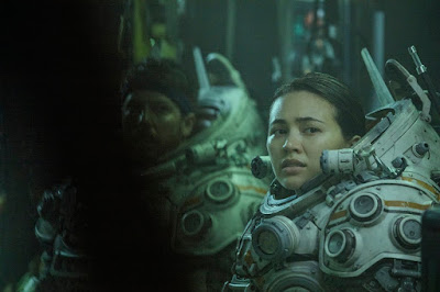 Underwater 2020 Jessica Henwick Image 1