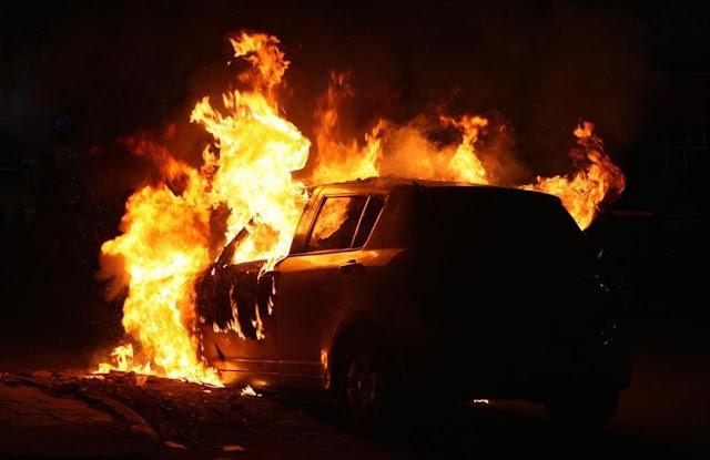 Πυρπόλησαν αυτοκίνητο με ελληνικές πινακίδες στα Σκόπια – Έναυσμα για περισσότερες επιθετικές ενέργειες;