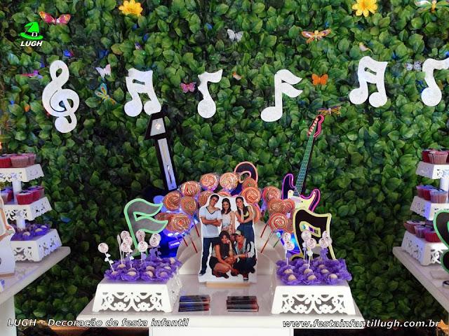 Mesa infantil Violetta - Aniversário de meninas com muro inglês