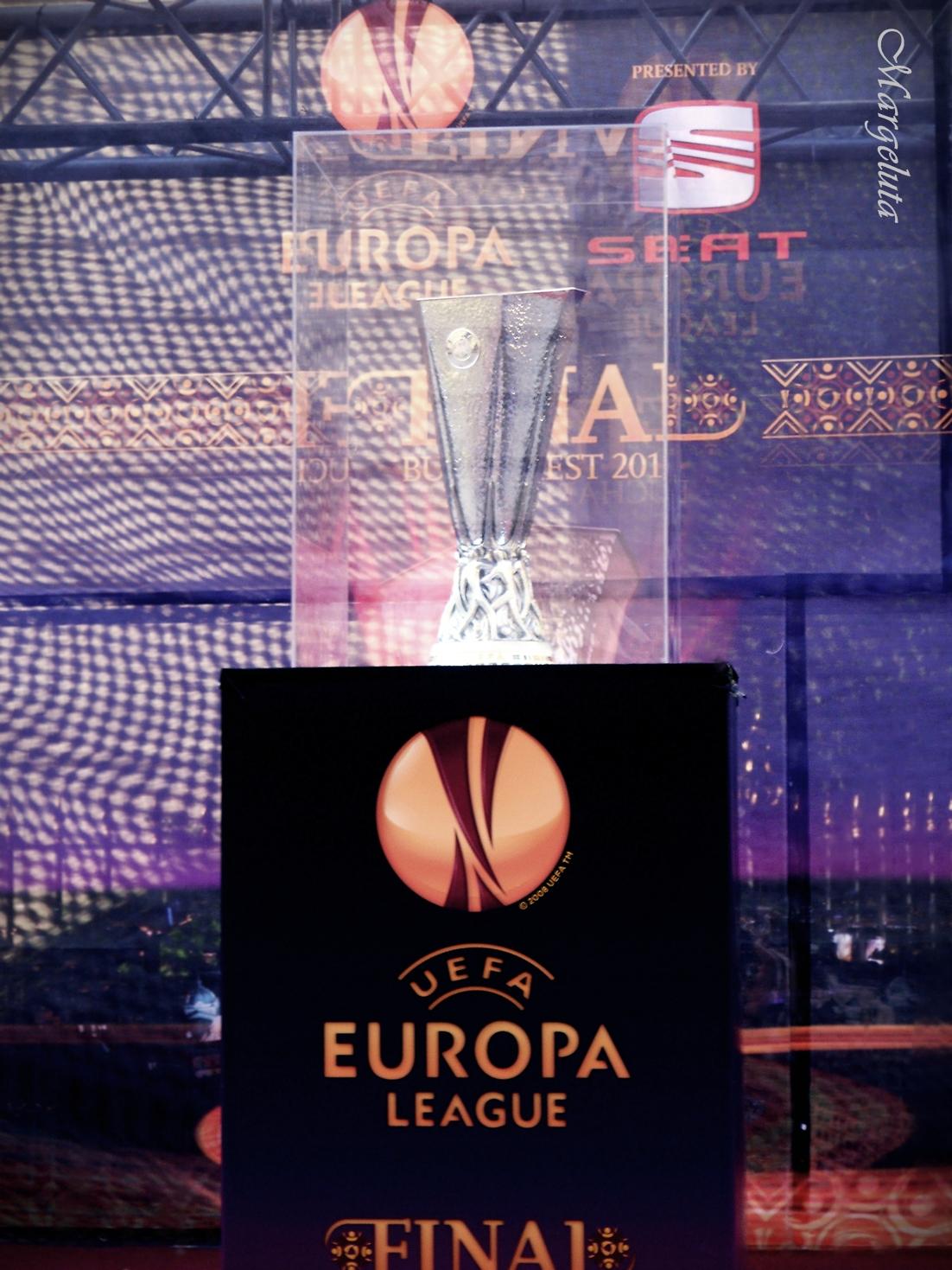 Cupa UEFA la Bucuresti by Margeluta