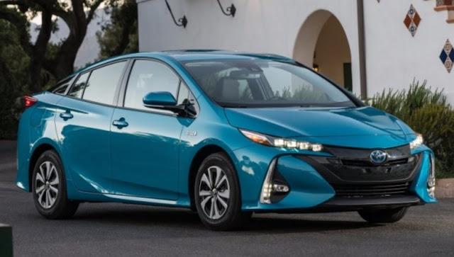 2017 Toyota Prius Prime Interior