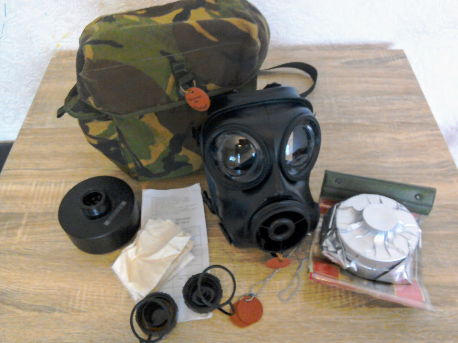 Mr Aphoristic British S10 Nbc Respirator Part 2 2009 Wiring Harness Ebay Almost A Complete Kit