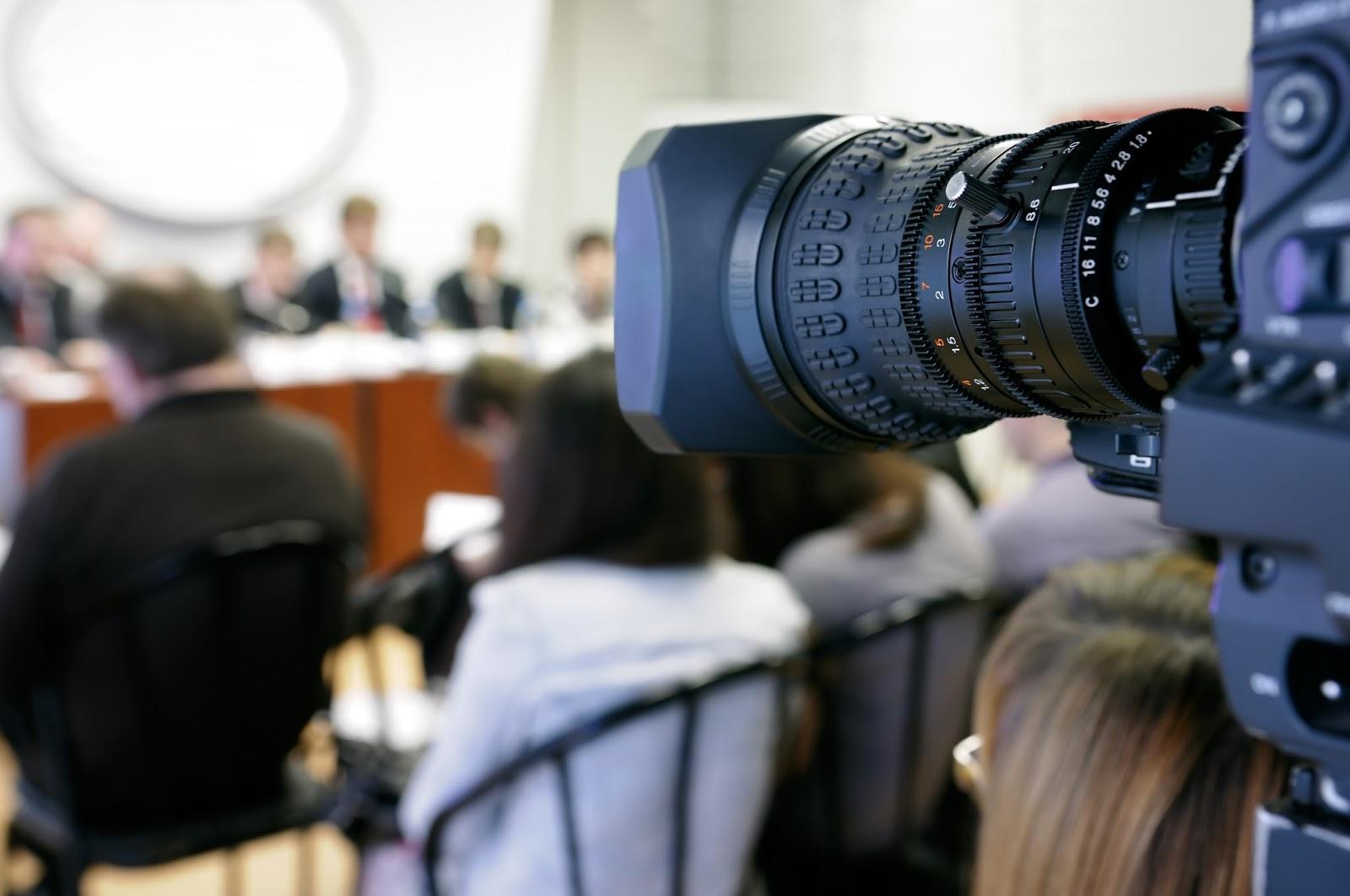 Czy reporter chce wiedzieć, że przeszedłeś szkolenie medialne?