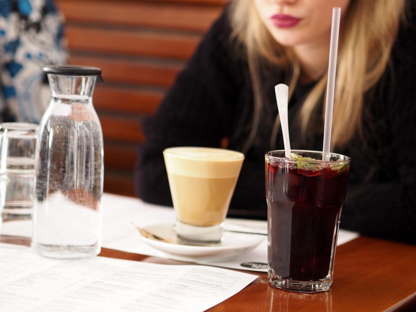 cafe pavlač