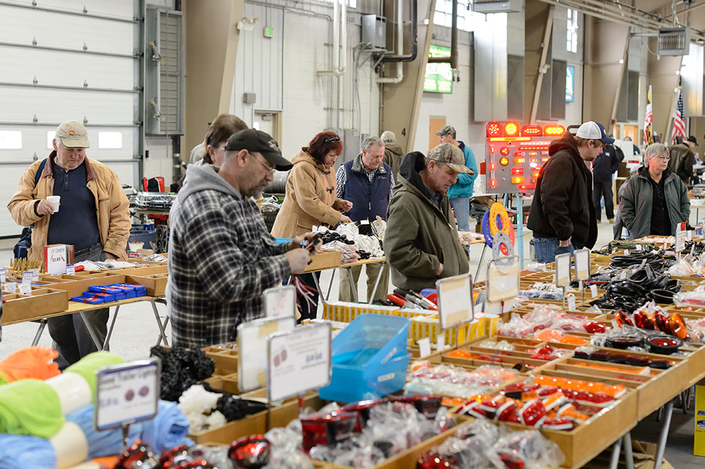 Vendors at the Sugarloaf Mountain Region AACA Swap Meet