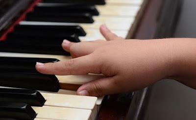 đàn keyboard