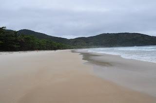 trilha até lopes mendes, lopes mendes, ilha grande, ano novo, praia, paradisiaca, caminho, quanto tempo, ondas, surf, férias, verão, praia deserta