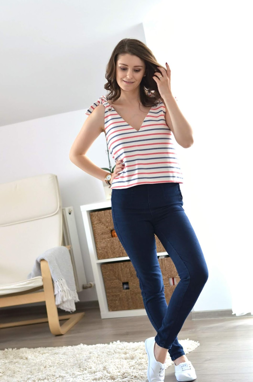 nautical striped cami top with jeans outfit