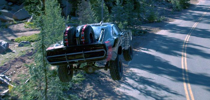 Cascadorii fantastice în filmul Furious 7