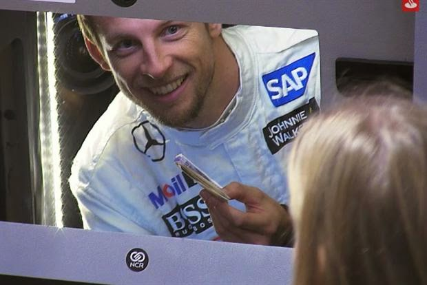 Jenson Button: Secret Santa(nder), Banco Santander