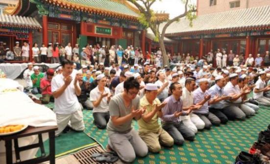 Penindasan Uighur, AS Daftarhitamkan 28 Entitas China