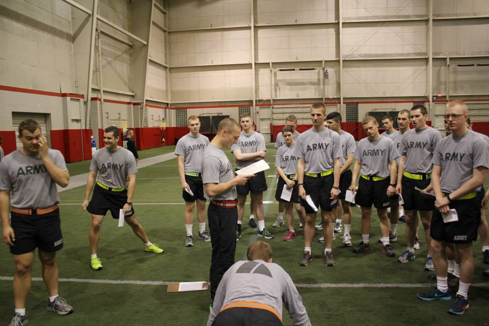 The Army Physical Fitness Test   A Day in the Life: Army ROTC