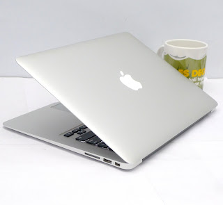 MacBook Air Core i5 (13-inch, Early 2015)