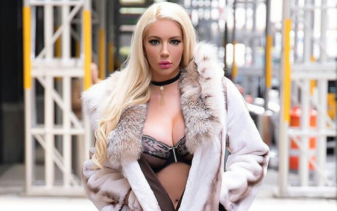 Nicolette Shea Biography