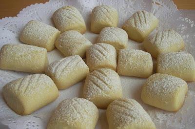 un kurabiyesi, margarin, sıvıyağ, çay, nişasta, un, tatlı, ev yemekleri, yemek tarifleri, ev kadını, ev hanımı