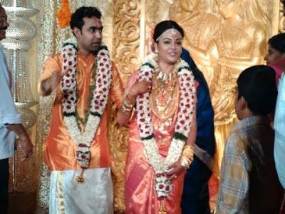 classmate-fame-radhika-marriage2