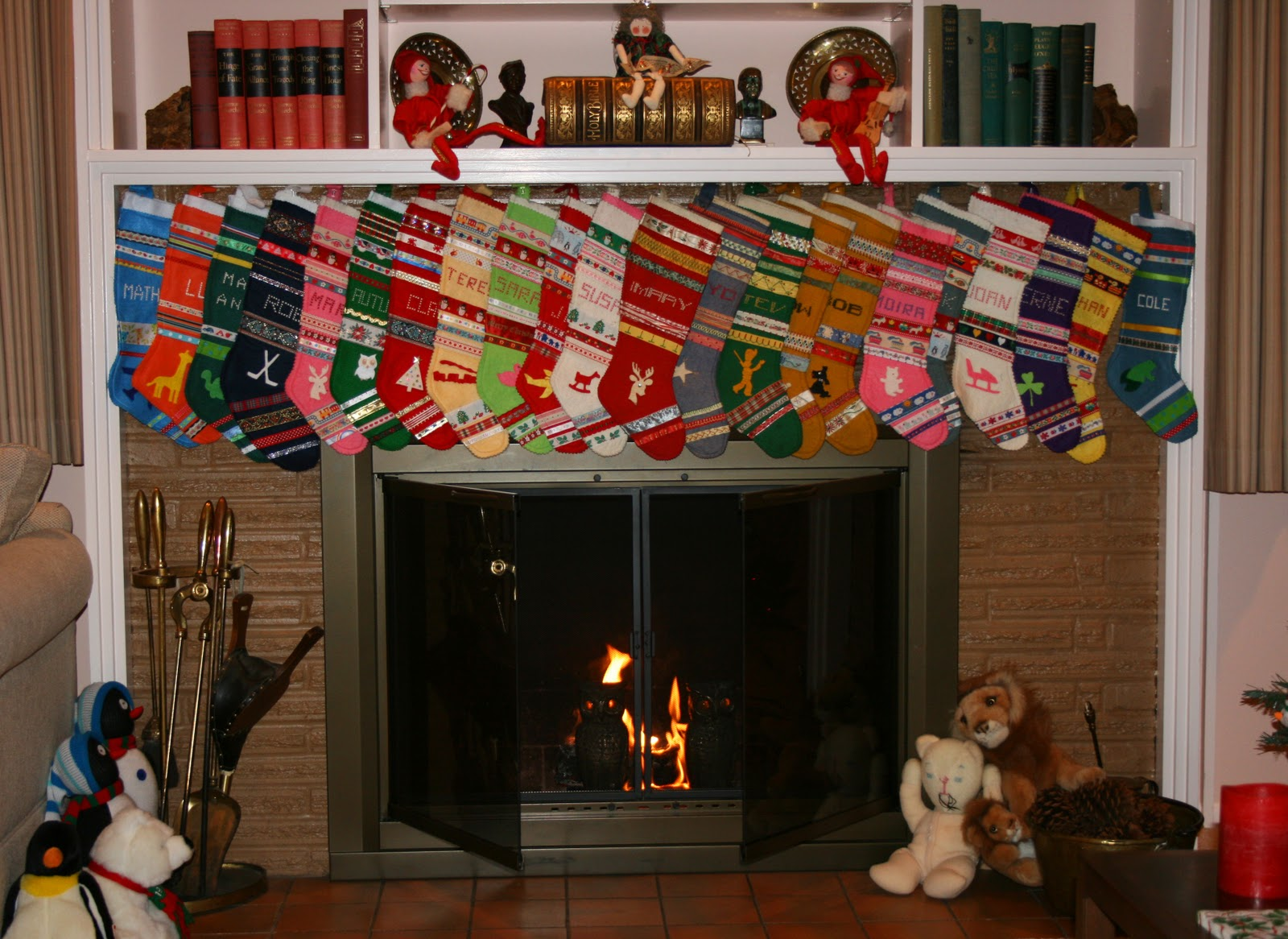 Ealing How To Hang Christmas Stockings Without A Fireplace