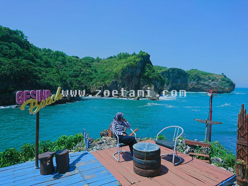 Wisata Pantai Gesing di Gunung Kidul Yogyakarta