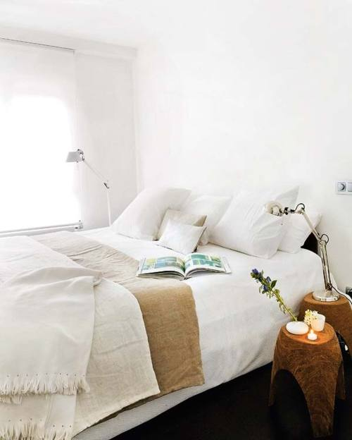 Shabby Chic Bedrooms: White Shabby Chic Bedrooms 2012
