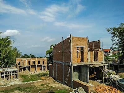 Progres rumah tipe 62 (Cluster Emerald) di Exotic Panderman Hill Batu Malang.
