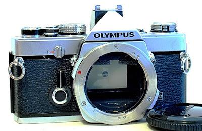 Olympus OM-1n, Front