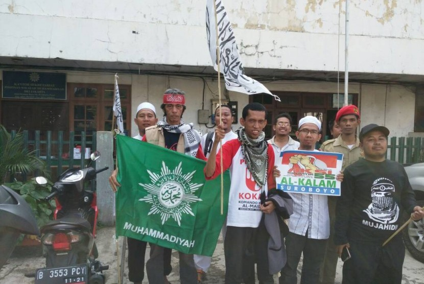 Warga Muhammadiyah asal Surabaya saat berkumpul di PWM Jakarta untuk Aksi 55