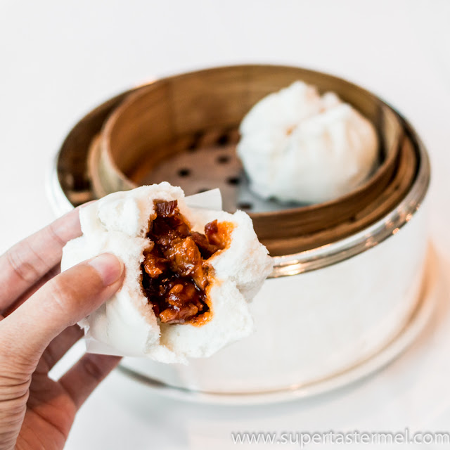 T'ang Court 唐閣 steamed barbecue pork bun