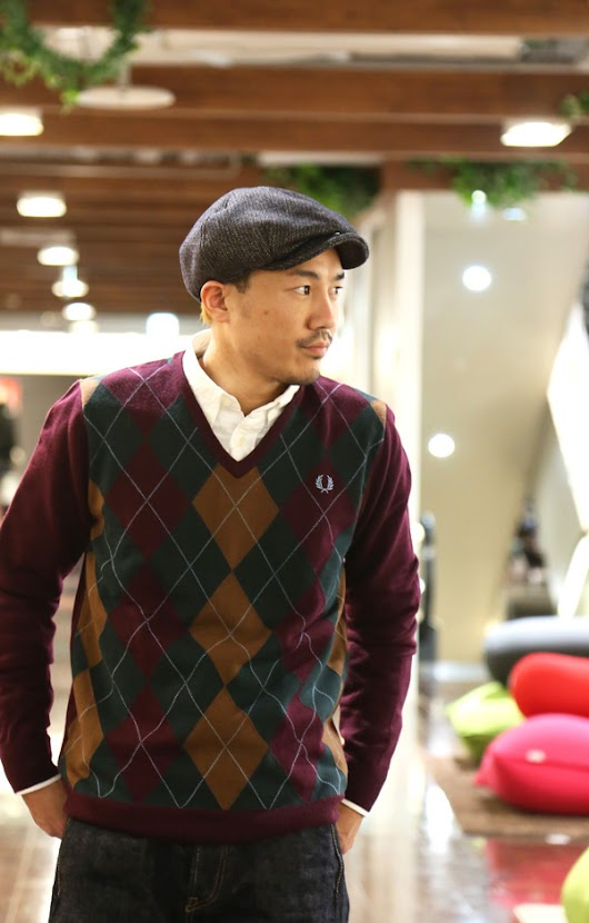 FRED PERRY / Argyle V Neck Knit