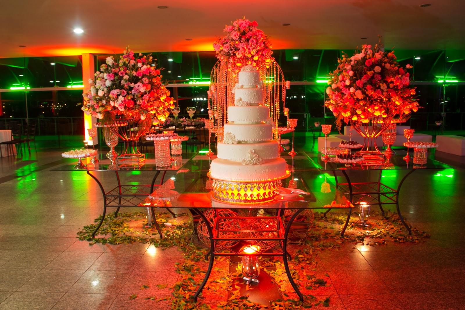 historia-amor-fe-festa-mesa-bolo
