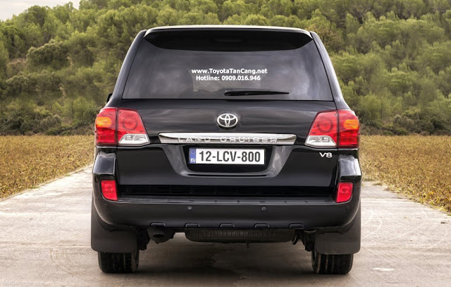 Bạn nghĩ Toyota Land Cruiser 2016 xấu hay đẹp ?