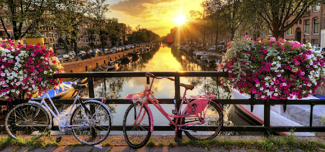 Condições climáticas em Amsterdã em março