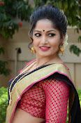 madhavi latha latest pics-thumbnail-9