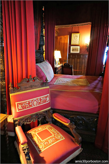 Cama con Dosel en el Dormitorio de Consuelo en Marble House, Newport