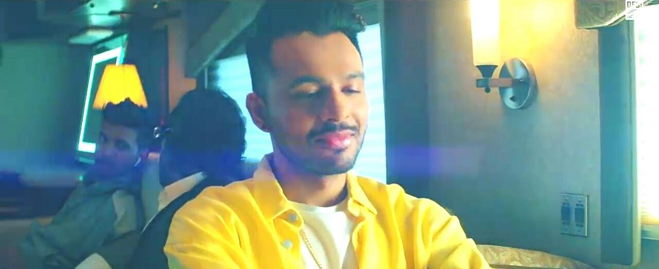 New Punjabi Song Lyrics, New Tony Kakkar Song Lyrics 2018, Tony Kakkar HD Images