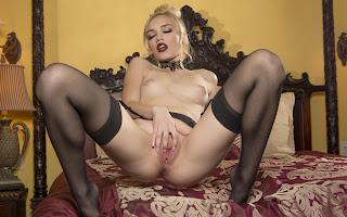 Horny and twerking - Alex%2BGrey-S01-071.jpg