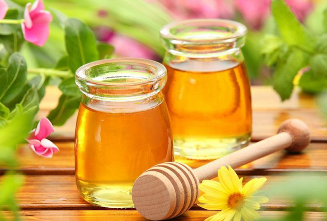 Honey diet helps you detoxify and lose weight easily