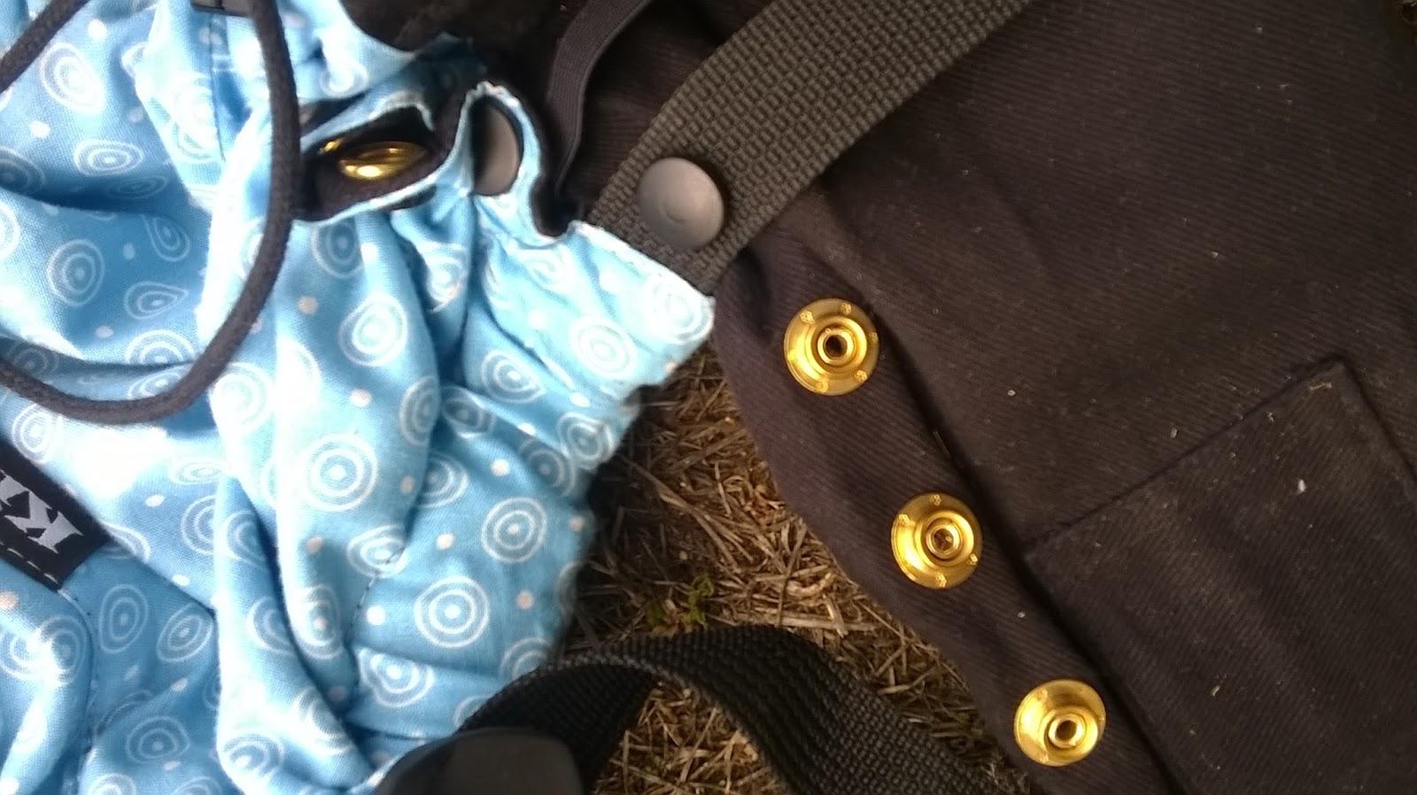 KIBI test préformé avis dimensions taille évolutif babycarrier size régler  assise pressions taille bambin réglage portage 1f304d2bb10