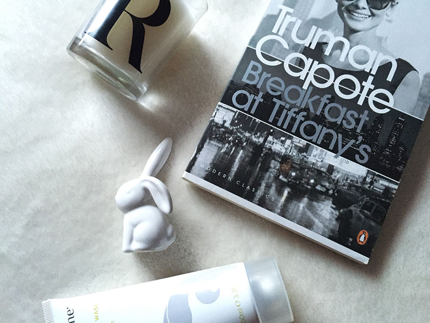 Candle, Breakfast at Tiffany's and white rabbit ring holder.