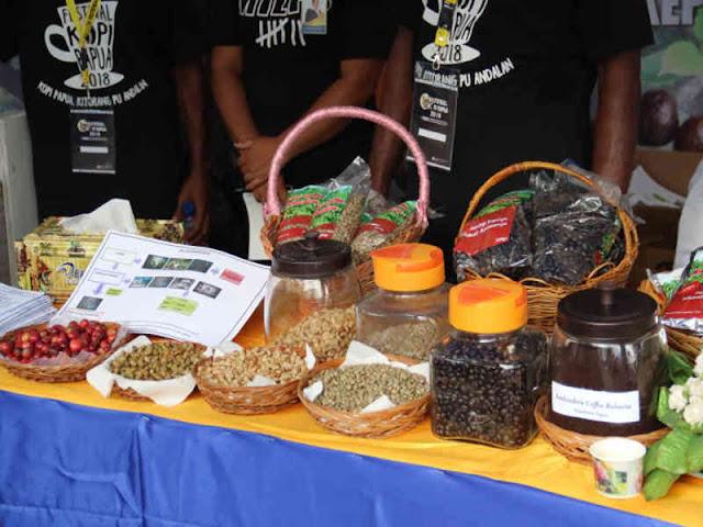 Soedarmo Ajak Pemabuk Alkohol Jadi Pecandu Kopi Papua