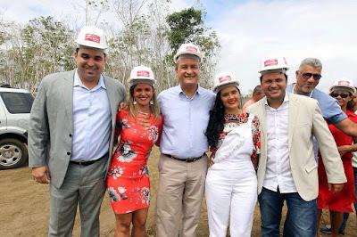 Em Una, governo inaugura escola de tempo integral na zona rural e visita o canteiro de obras da Yasuna