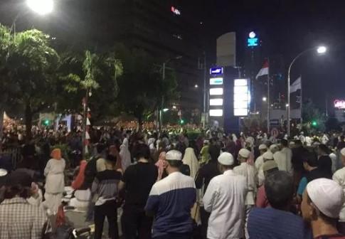 Massa yang Demo di Bawaslu Sepakat Bubar