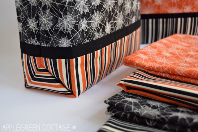 Halloween trick-or-treat bag, easy sewing project