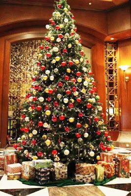 Dekorasi Pohon Natal Terbagus di Dunia